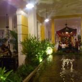 ニャーハンゴン(Nhà Hàng Ngon)