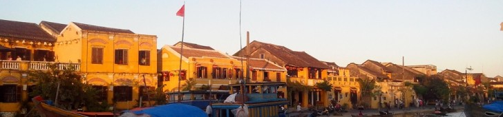 Hoi An(ホイアン) – 世界遺産の街並み