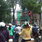 [2013/4/19]バイクの信号待ち風景