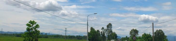 [2013/4/8]ベトナムの田舎道