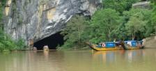 世界遺産フォンニャケバン国立公園のフォンニャ洞窟