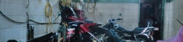 [2013/6/13]バイク洗車専門店