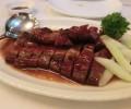 豚肉の料理は15万ドン。