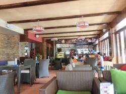The Cafe店内