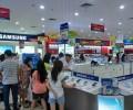 [2013/7/6]ベトナムの携帯売場