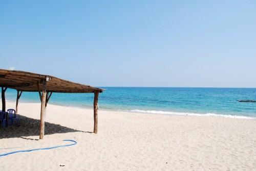 [2013/7/4]青い海と白い珊瑚のカナビーチ