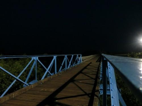 ヒエンルオン橋を歩く