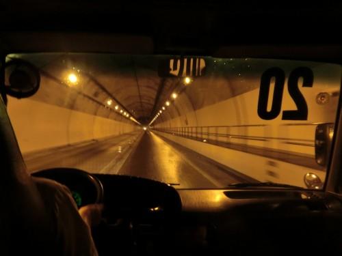 ハイヴァントンネル内