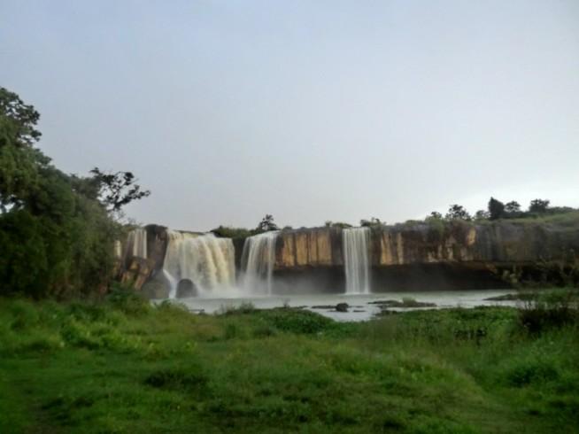 ダライヌアの滝