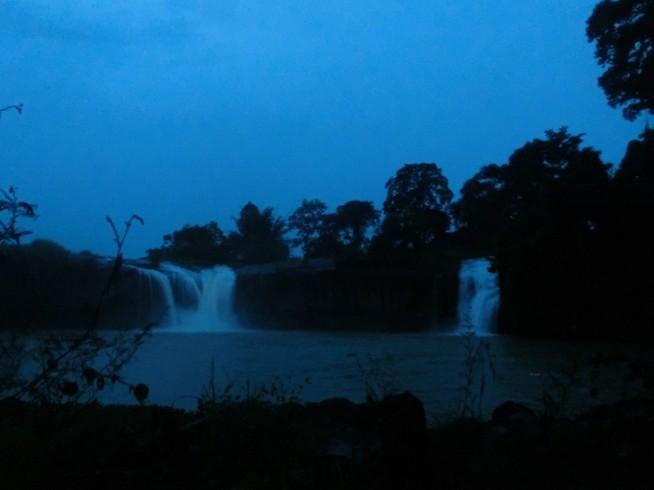 ダライサップ(Dray Sap)の滝!
