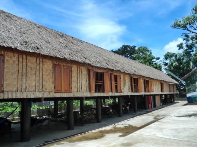 高床式の建物