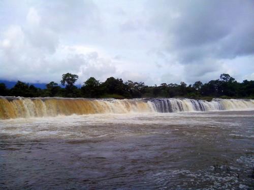 ファコンの滝