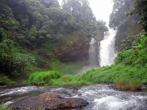 タートイートゥーの滝