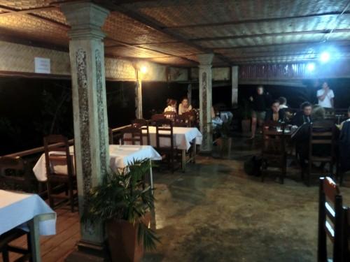 チャムパーサックのレストラン