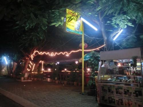 メコン川沿いにあるレストラン