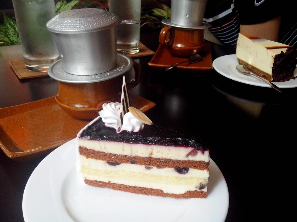 チュングェンコーヒー ドンコイ店(Trung Nguyen Cafe )
