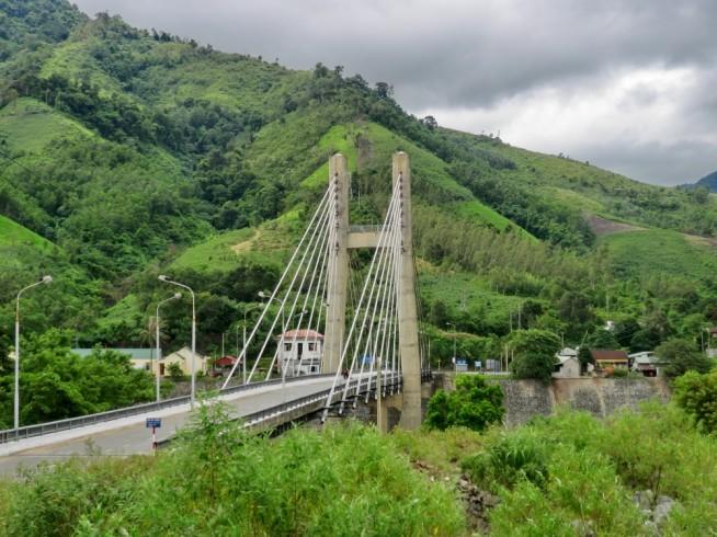 ダクロン橋