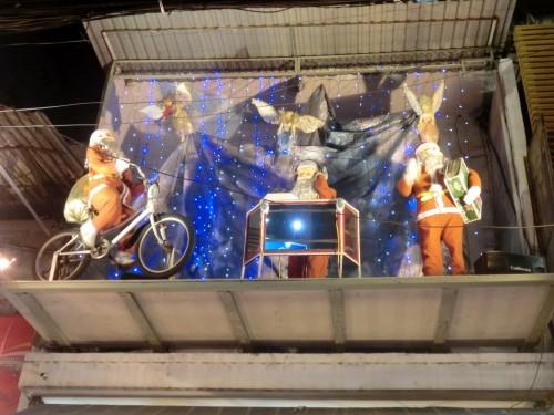 屋根の上のクリスマス