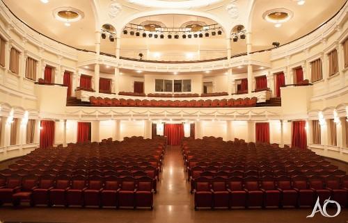 公演が行われるオペラハウス