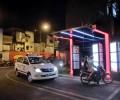 マクドナルド1号店のベトナム初ドライブスルーで見る日本では見慣れない光景