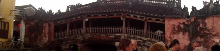 Chùa Cầu (Cầu Lai Viễn) (来遠橋 (日本橋))