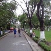 ホァンヴァントゥー公園(Công Viên Hoàng Văn Thụ)