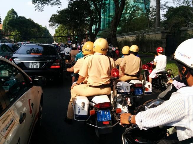 ホーチミンの交通警察