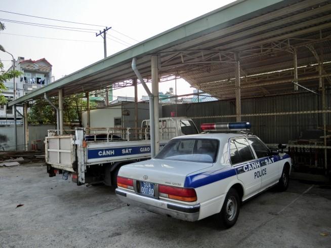 おなじみの交通警察車両