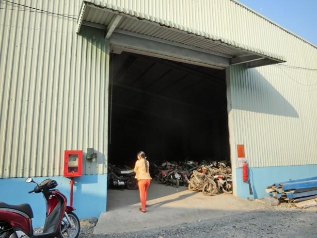 バイク保管庫