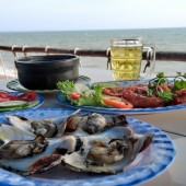 ムイネーの海沿いのローカルシーフードレストランが最高!