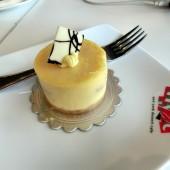 エヌワイディーシー(NYDC - New York Dessert Cafe )