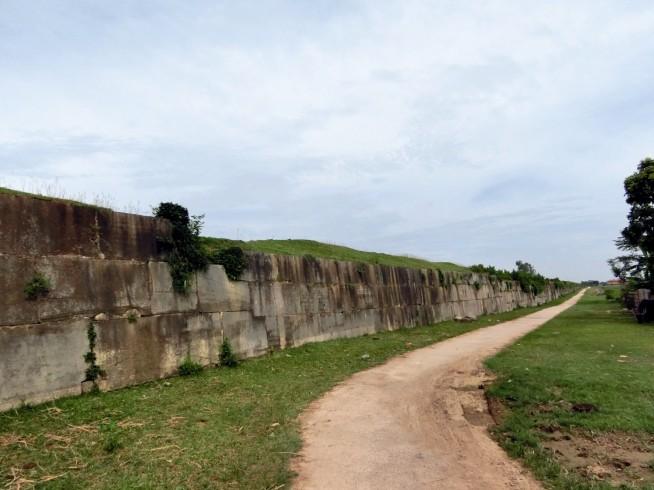 今も残る城壁