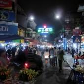 ドンスアンナイトマーケット(Chợ đêm Đồng Xuân)