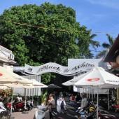 ブラックアンドホワイトカフェ(Black And White Cafe)