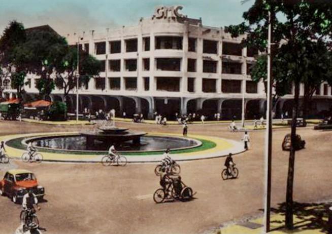 4階建てになった国営百貨店()1942