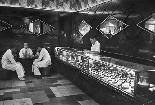 1948年の店内の様子