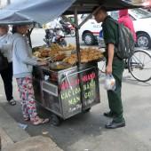 ベトナム人学生はみんな食べている、道端で探してみたいベトナム定番おやつ10選!!