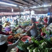 ホイアン市場(Chợ Hội An)