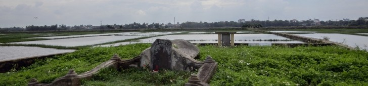 谷弥次郎兵衛の墓(Mộ Ông Yajirobei Tani)