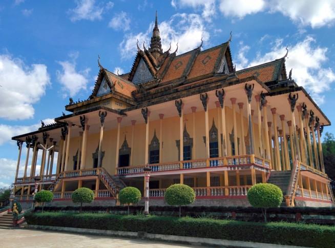 ソーソー・モォイロイ寺院
