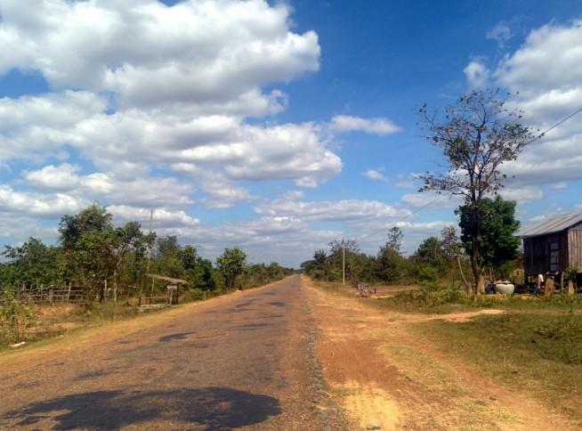 国道までの道