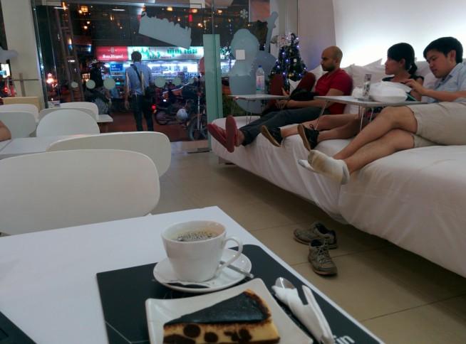 このカフェのソファーが最高