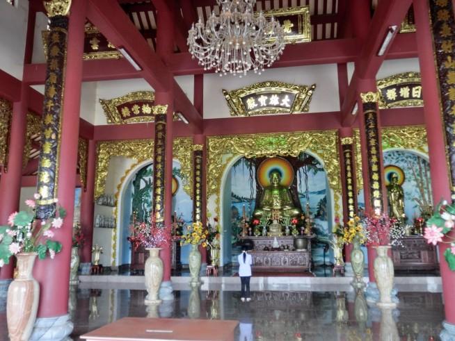 リンウット寺院内部