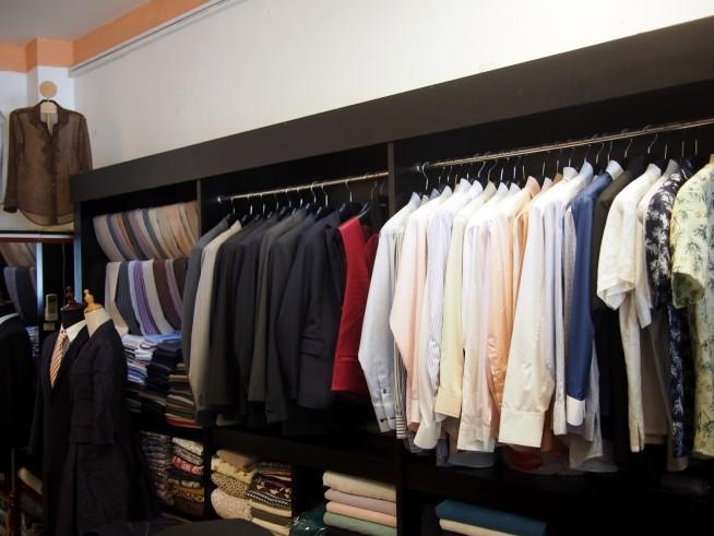 男性スーツ、シャツ