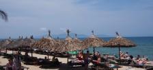 欧米人に人気なホイアンのアンバンビーチでリゾート気分を味わう