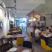 エムツーシービストロアンドカフェ(M2C Bistro & Cafe )
