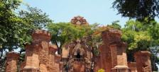 8世紀に建てられたチャンパ王国の遺跡「ポーナガル塔(タップバー)」を見に行こう