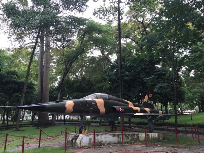 旧大統領官邸を爆撃した戦闘機みたいです
