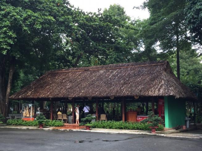 観光客は少なく、ベトナム人が多かったです。
