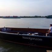 タウ・サイゴン・ボート・ツアー(Tàu Saigon Boat tour)